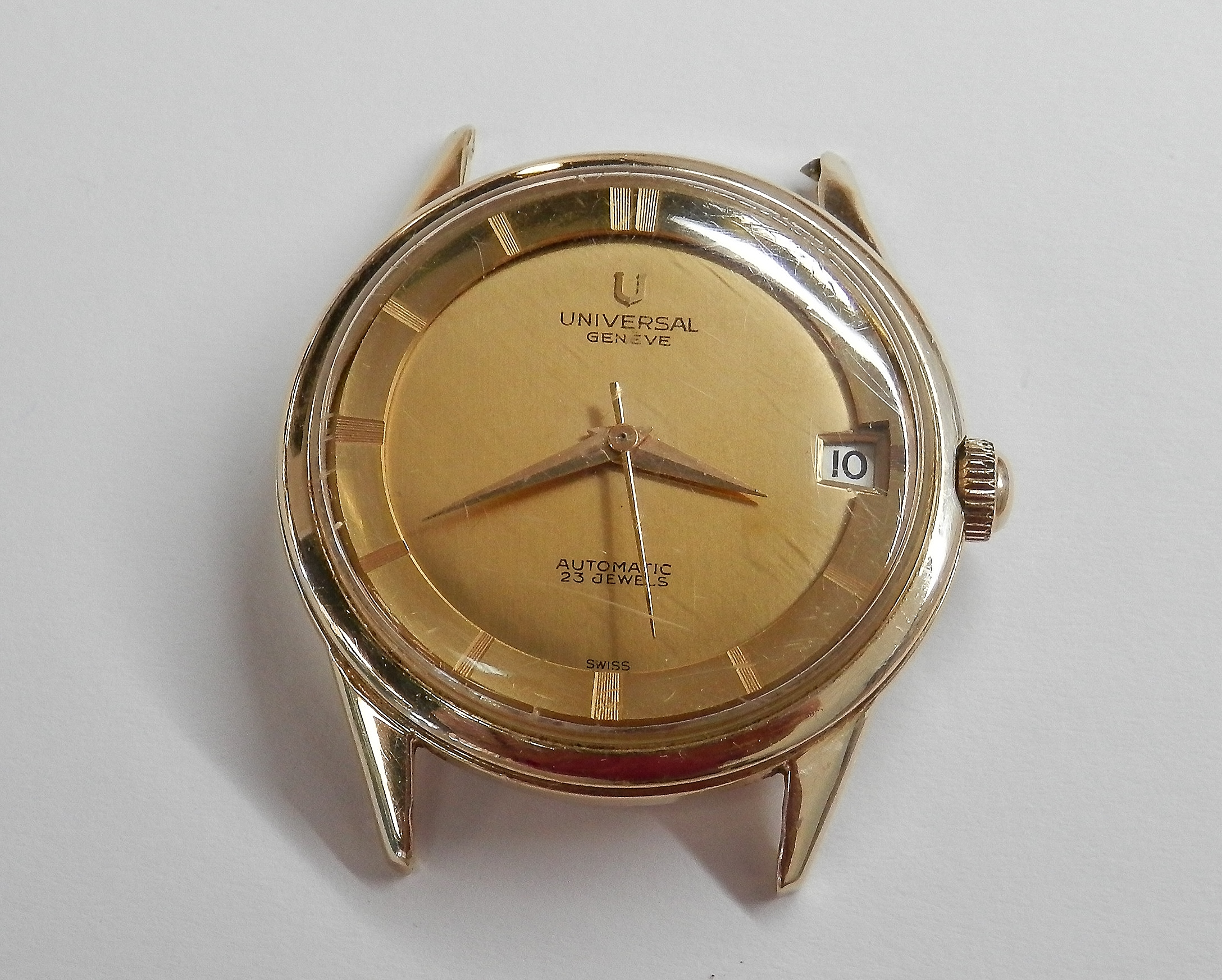 Vintage universal geneve polerouter watch regal pawn for Jewelry watches